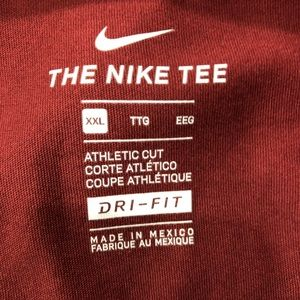 Nike Shirts - Nike Mens Red Work Out Shirt 2XL XXL NWT
